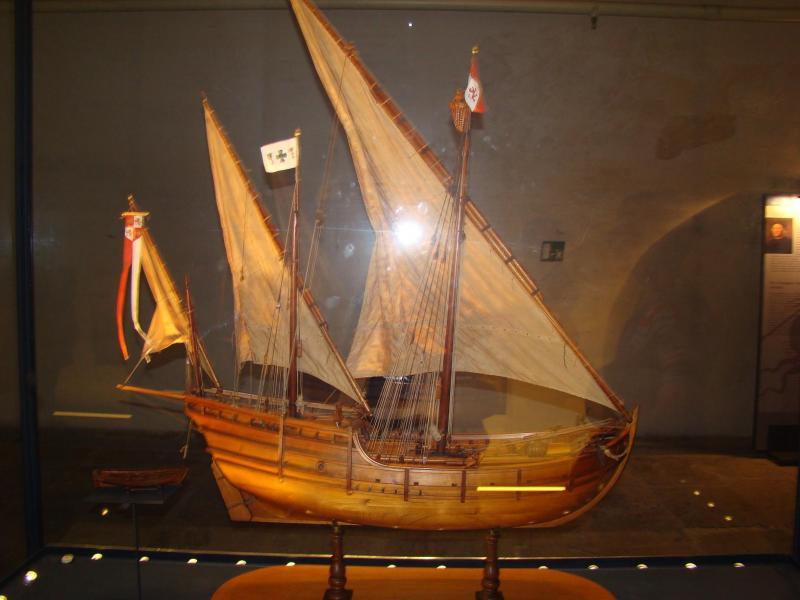 Modello della caravella Nina di Cristoforo Colombo. In esposizione al museo Galata di Genova