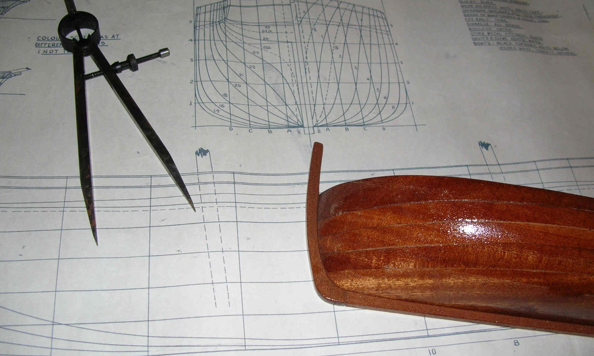 mezzo scafo e piano di costruzione