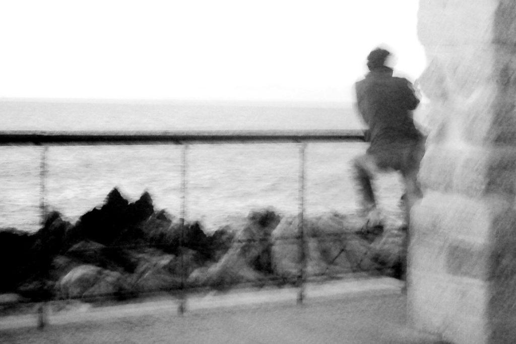 """mosso creativo - foto intitolata """"pensieri di mare"""" - autrice Paola Tornambè"""
