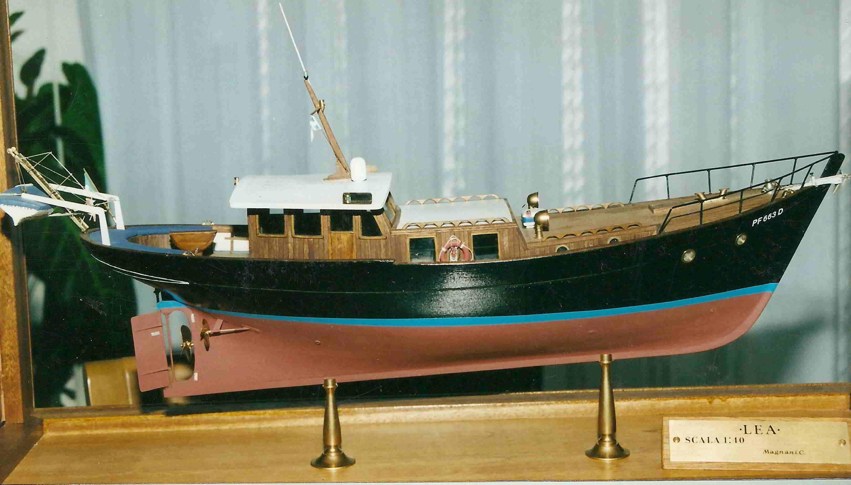 Modello del motor yacht Lea - modelli navali