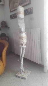 lampada ottenuta da un tronco marino - scultura marina
