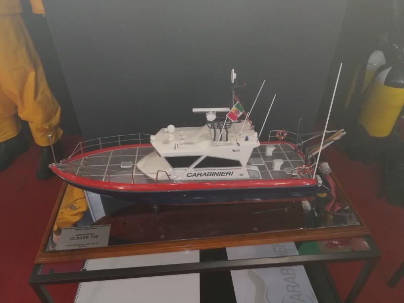 salone nautico - modello motovedetta carabinieri classe 700