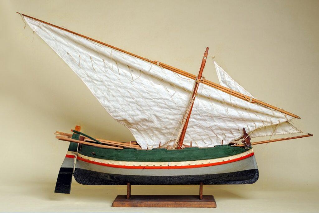 modello di barcuzza paciota - imbarcazione tipica siciliana